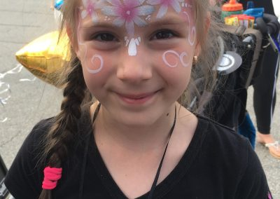 Flower facepaint