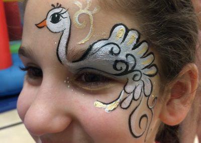 Swan Facepaint